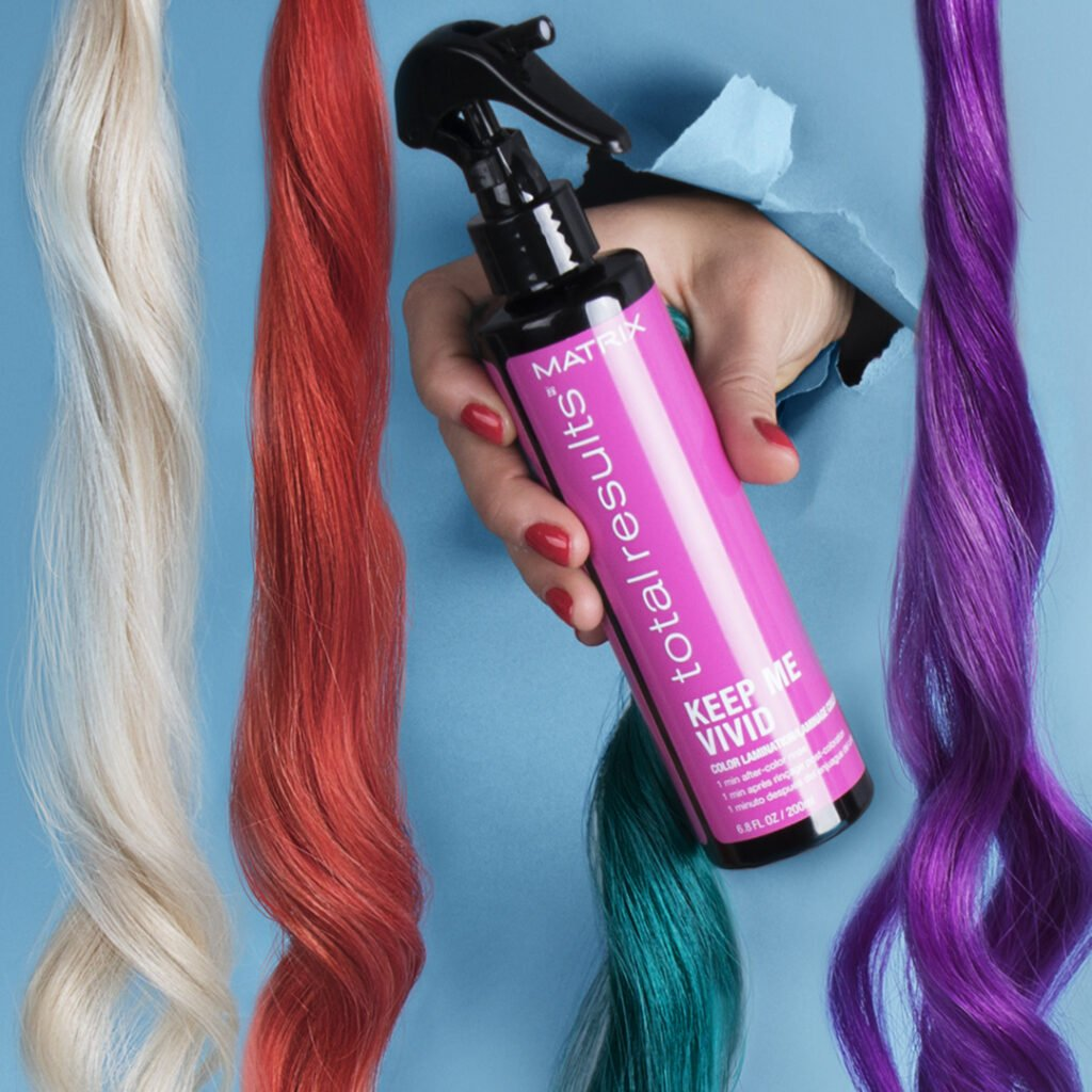2021-Hair-Colour-Trends-Matrix-Keep-Me-Vivid-Spray